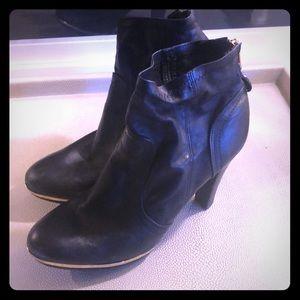 Tory Burch platform black leather boot